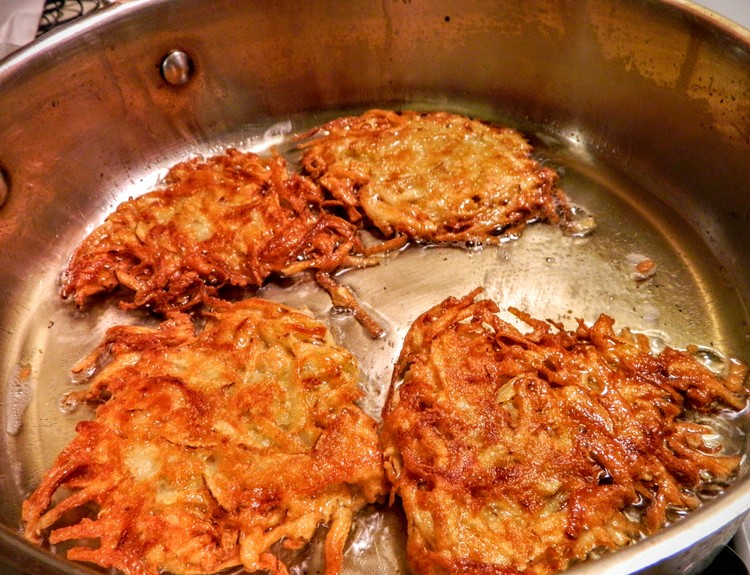 The Five Rules of Crispy Golden Latkes
