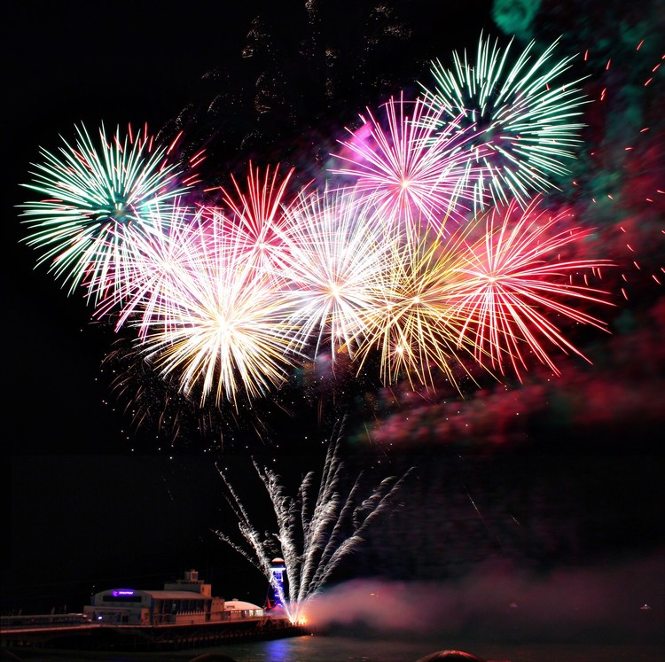 Your Guide to Mercer County's Best Fireworks and Festivities this July 4th