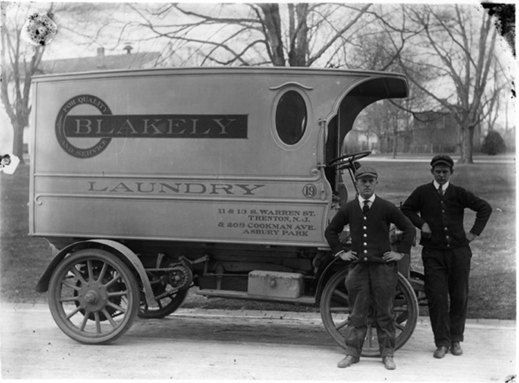 Blakely Laundry Company wagon :: Click to see a larger version